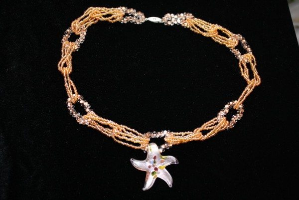 морская звезда - колье из бисера с кулоном