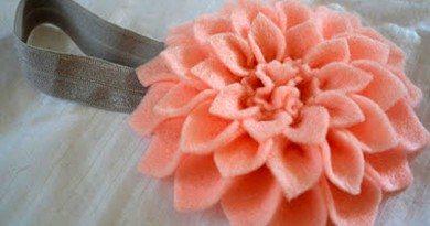 Повязка на голову с цветком