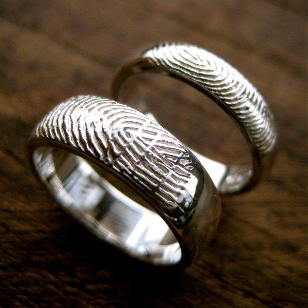 Кольца с отпечатками пальца любимого человека